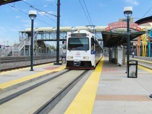 apts denver: light rail