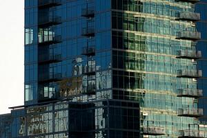 apts denver: glass house