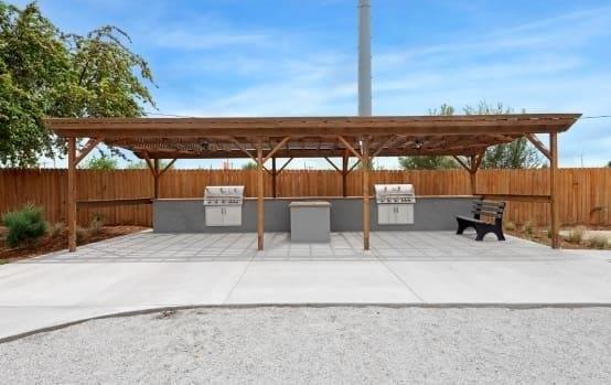 BBQ Area | Asbury Plaza